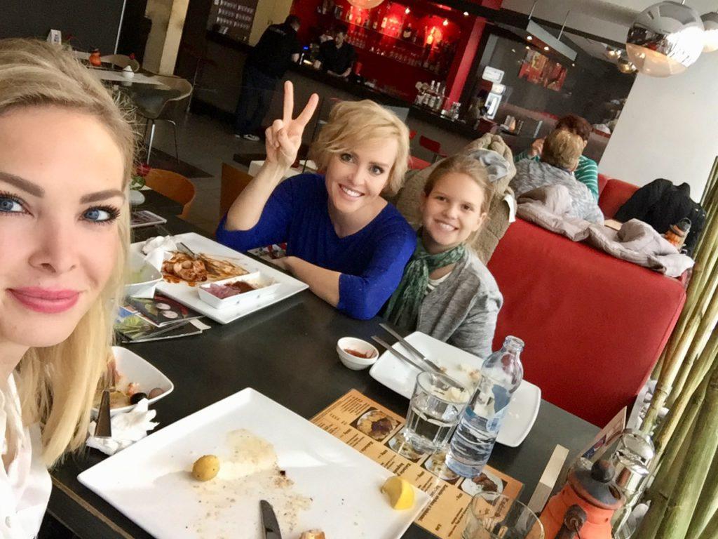 Kvetka Horváthová s rodinou